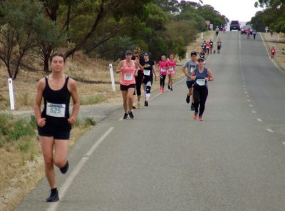 22 5 runners & walkers